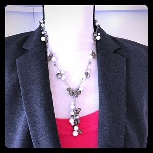 Ann Taylor pearl and gray beads necklace